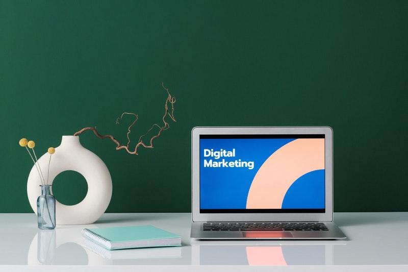 Digital aMarketing